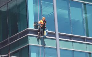 La importancia de la limpieza de alturas