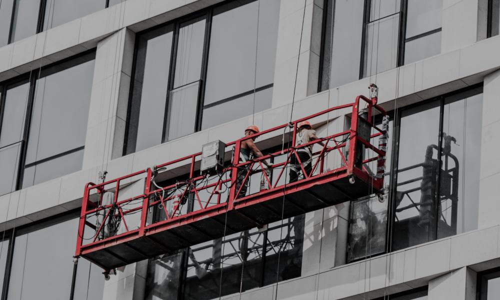 Limpieza de edificios en altura