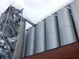 Tipos de silos que requieren limpieza profesional